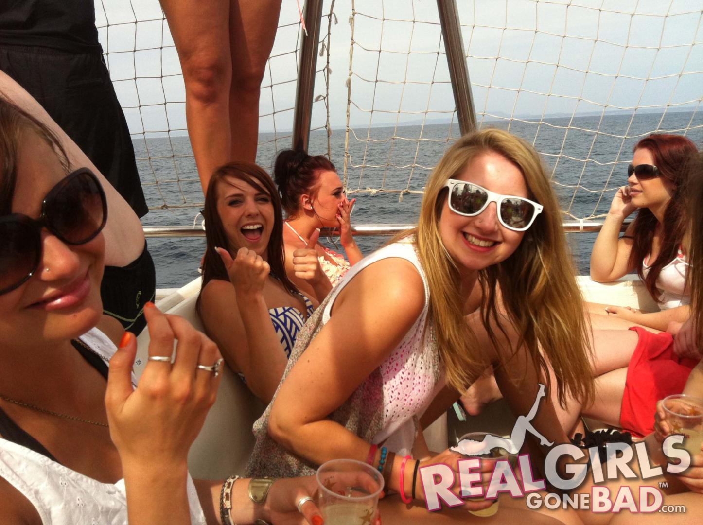 backyard-dirty-party-girls-hongarian