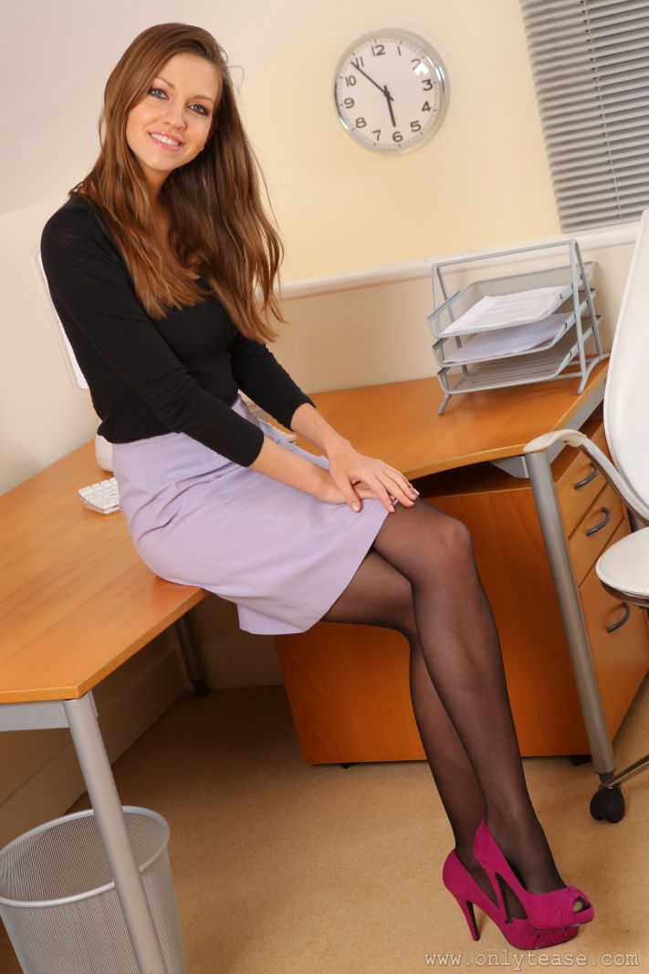 office girls Upskirt