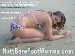 Hot Bare Foot Women