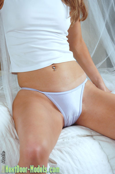 camel-pantie-slut-toe-white-friends-group-sex-movie