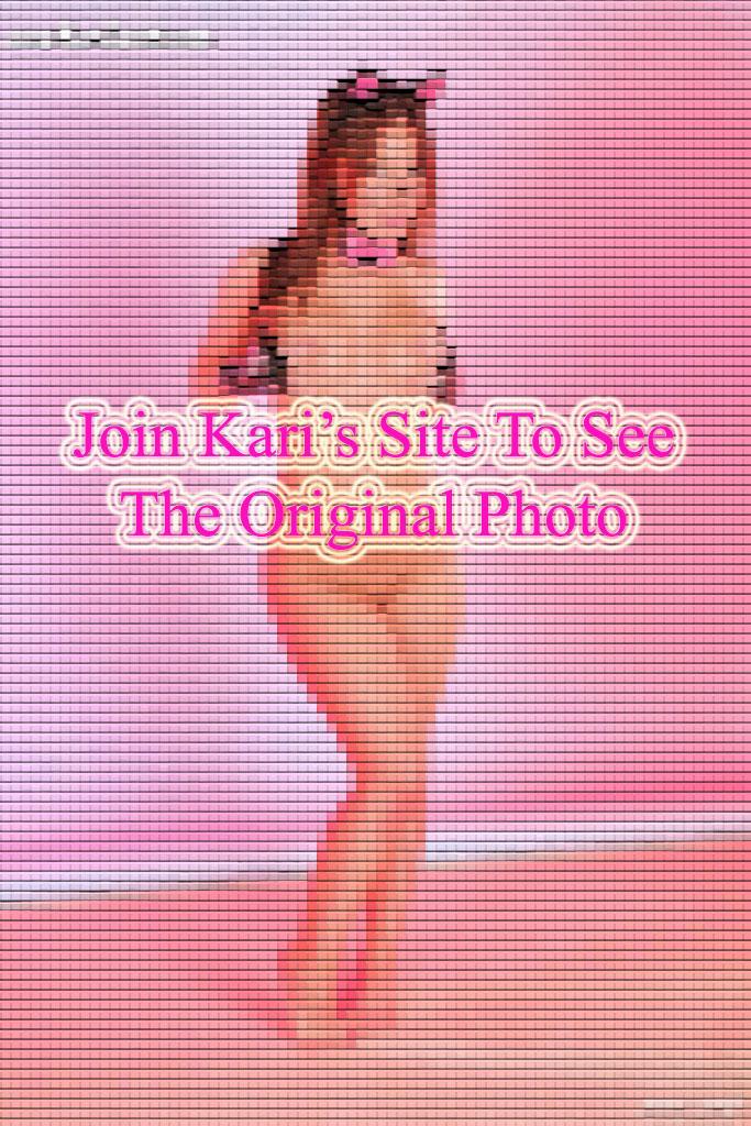 Kari Sweets Naked