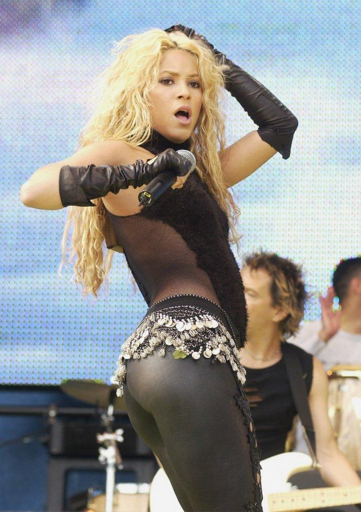 WOW Shakira's Ass