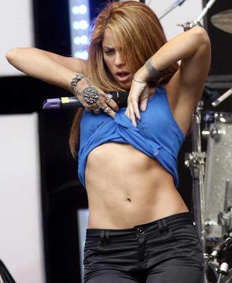 Shakira Teasing Pulling Up Her T-Shirt