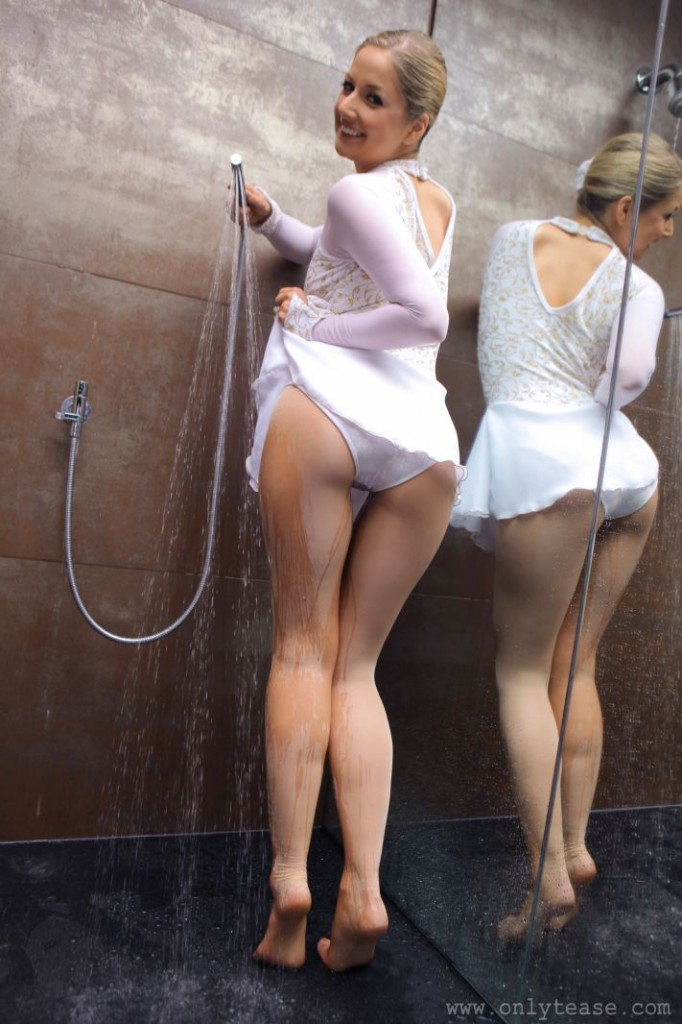 Wet Ice Skater Ass