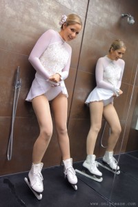 Ice Skater Treat - Cameltoe?