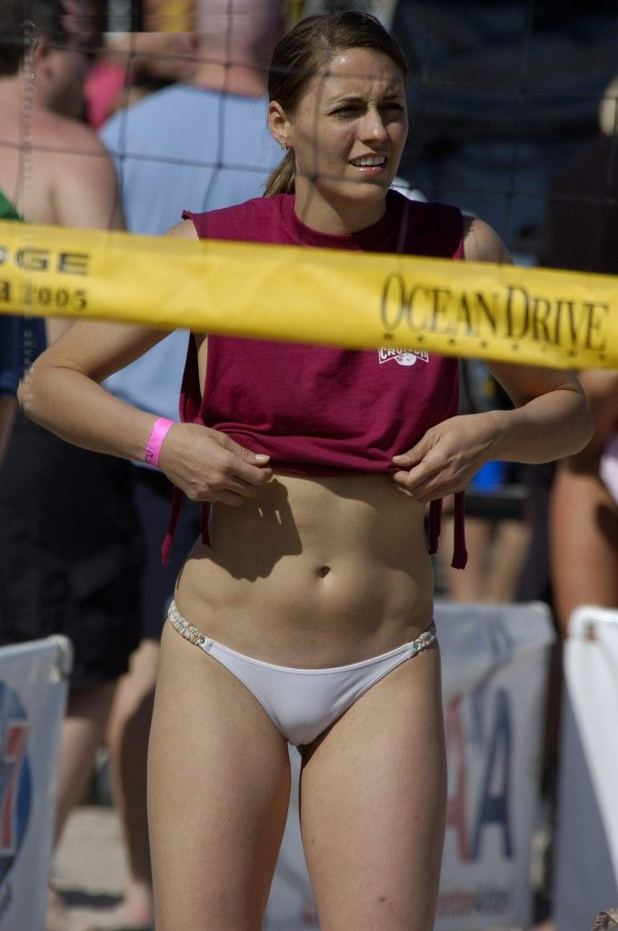 Volleyball Girls with Heart Stopping Cameltoe