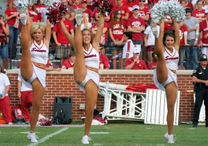Kicking Cheerleaders - Super Sexy