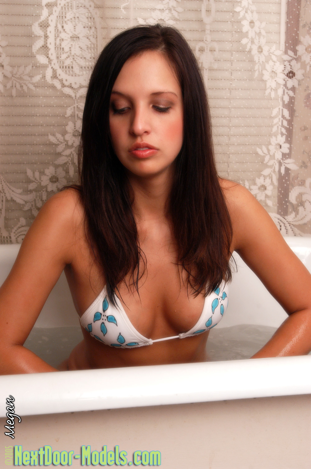 Cute Megan in the Bath wearing just a Bikini ? She's soaking wet!