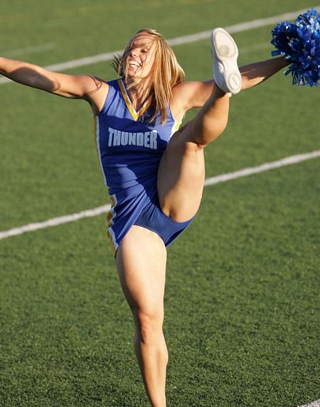 Cheerleader upskirt no panties