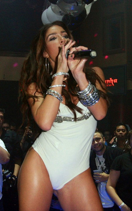 Melissa singing in her Swimsuit / Leotard in the club
