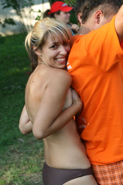 Smiling Handbra Fun