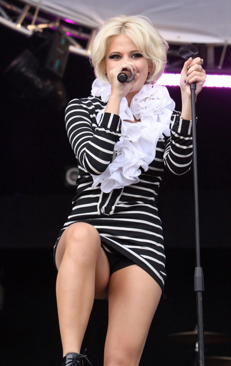 Pixie Lott Upskirt on Stage