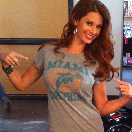 Miami Dolphis Cheerleader