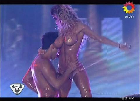porno-latinoamerikanskie-tantsi