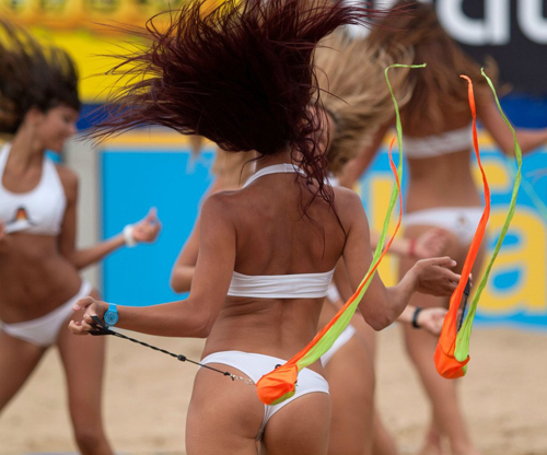 Hot Cheerleaders Dancing in their Bikinis