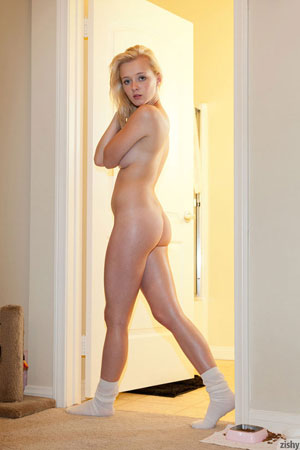 Blonde Girl Kenze Poses for Zishy