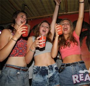 Real Girls Gone Bad - Drunk Party Girls