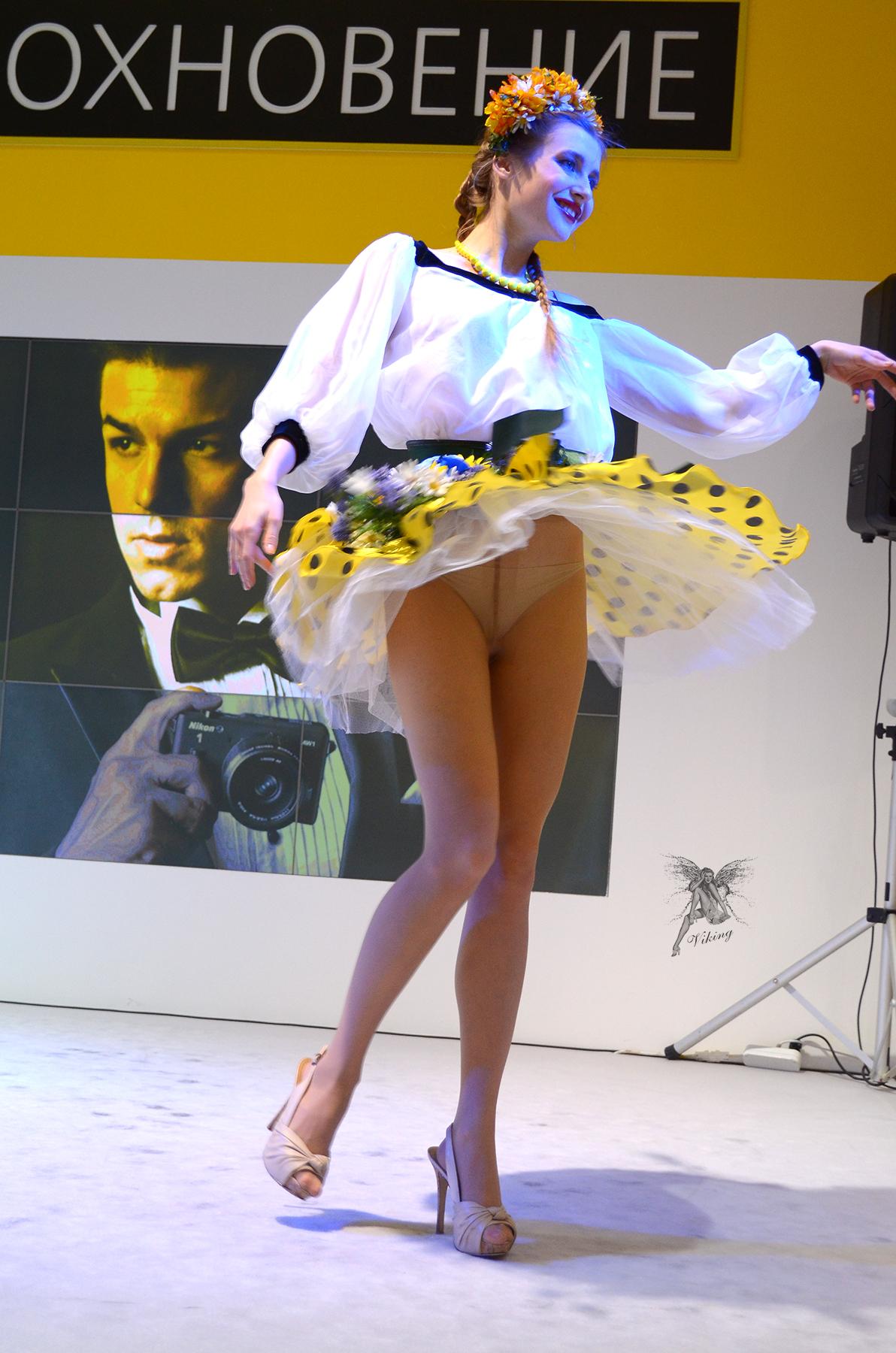 dancers-upskirt-naked