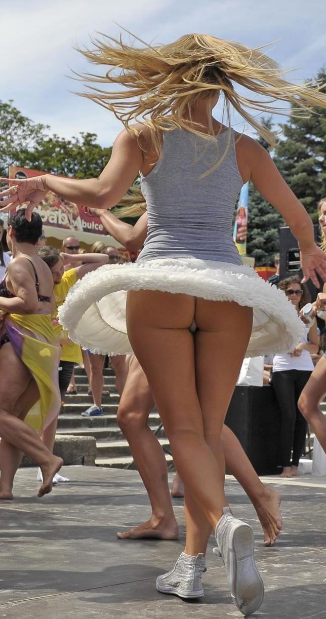 Upskirt dancing