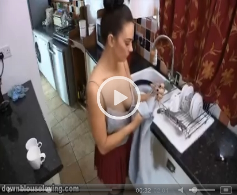 *Video:bex shows cleavage in the kitchen on downblouse loving