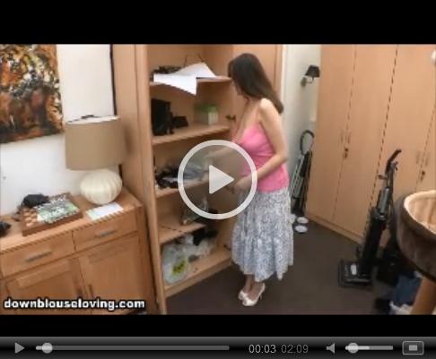 *Video:kate anne cleavage video