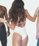 Melissa Molinaro – Sexy Music Video
