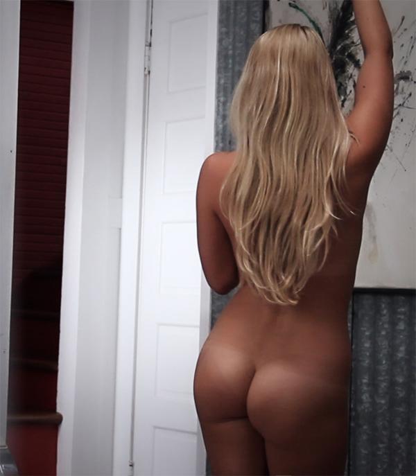 lesbians big tits pics