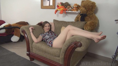 Jil is showing off her legs on WPL Productions