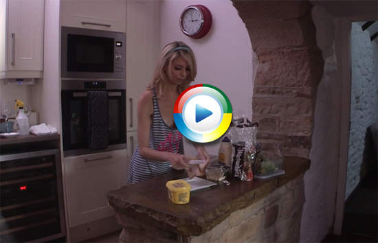 Blonde cutie Amy Rose in the kitchen