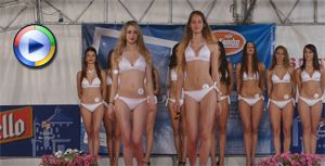Beauty contest with cameltoe