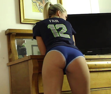 Blonde girl Kandi in blue panties