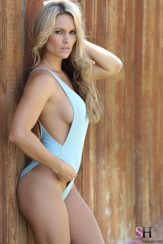 Swimsuit Heaven - Hot girl in a tight blue swimsuit