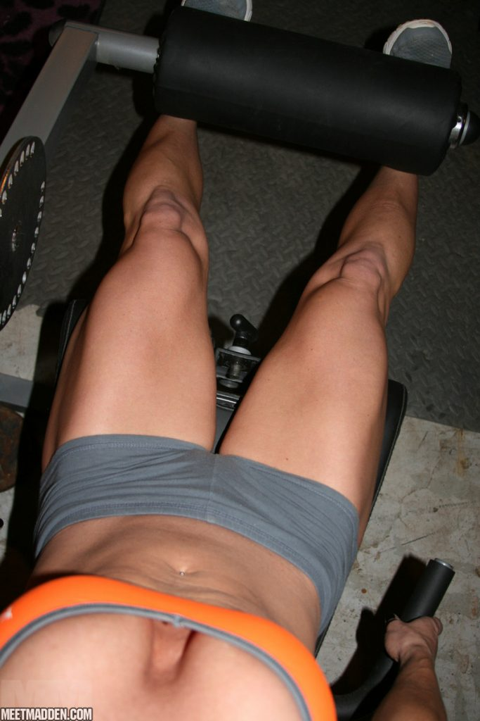 Sexy legs in the gym