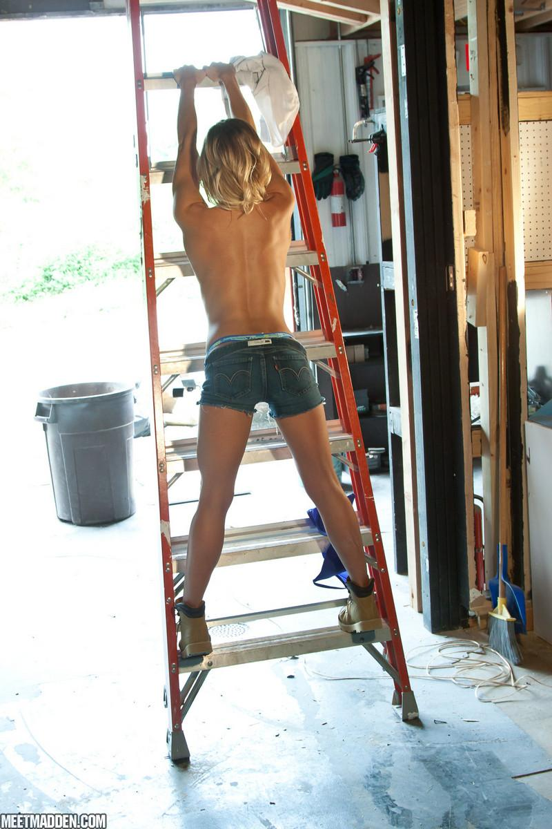Meet Madden showing her tight ass in denim shorts