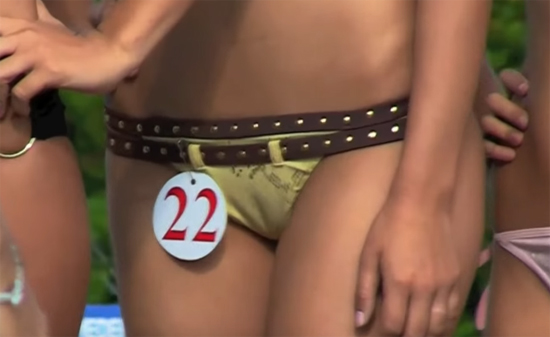 Bikini bottoms cameltoe