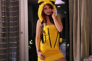 Bailey Knox looking sexy in a yellow costume