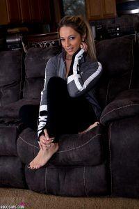 Nikki Sims waiting to start her sexy striptease
