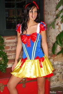 Bailey Knox looking gorgeous as Snow White