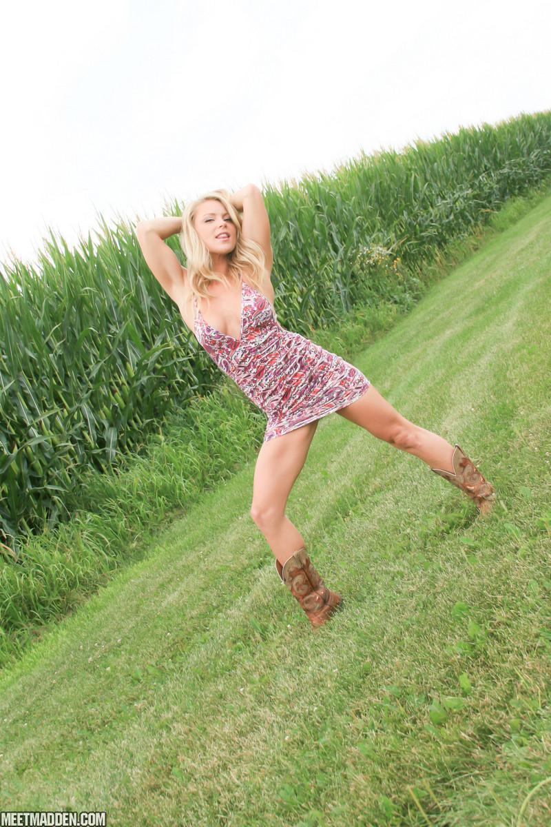 Meet Madden is having fun outdoors in her sexy mini dress