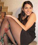 Cute Italian Girl in Pantyhose (Quick Upskirt)